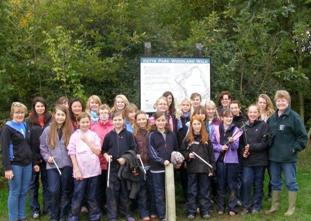 Wymondham guides clean up woodland